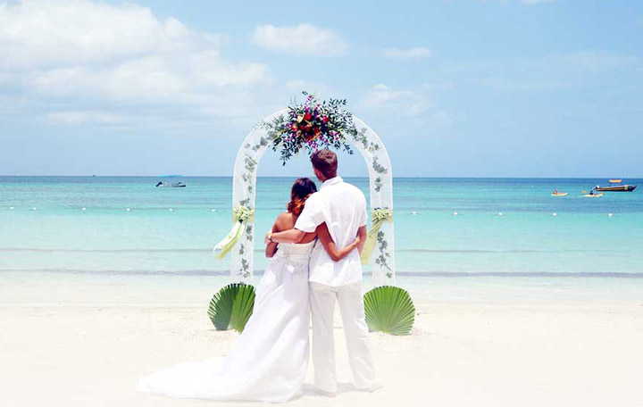 Bliss in Paradise Wedding Package